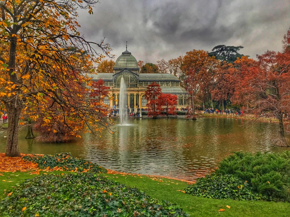 Fall at Crystal Palace in Retiro Park