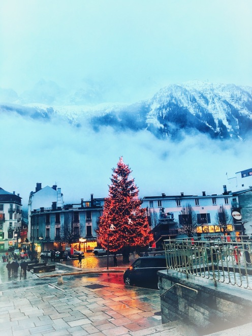 Dark - but merry and bright in Chamonix!