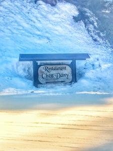 Chez Dany sign